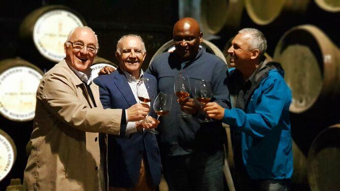 La Bodega Manuel Aragón destaca entre los vinos de la Guía de Peñín